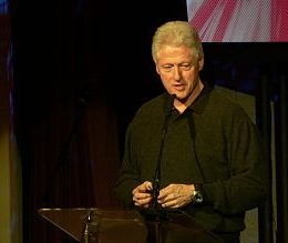 Bill_Clinton_talking_at_TED_2007